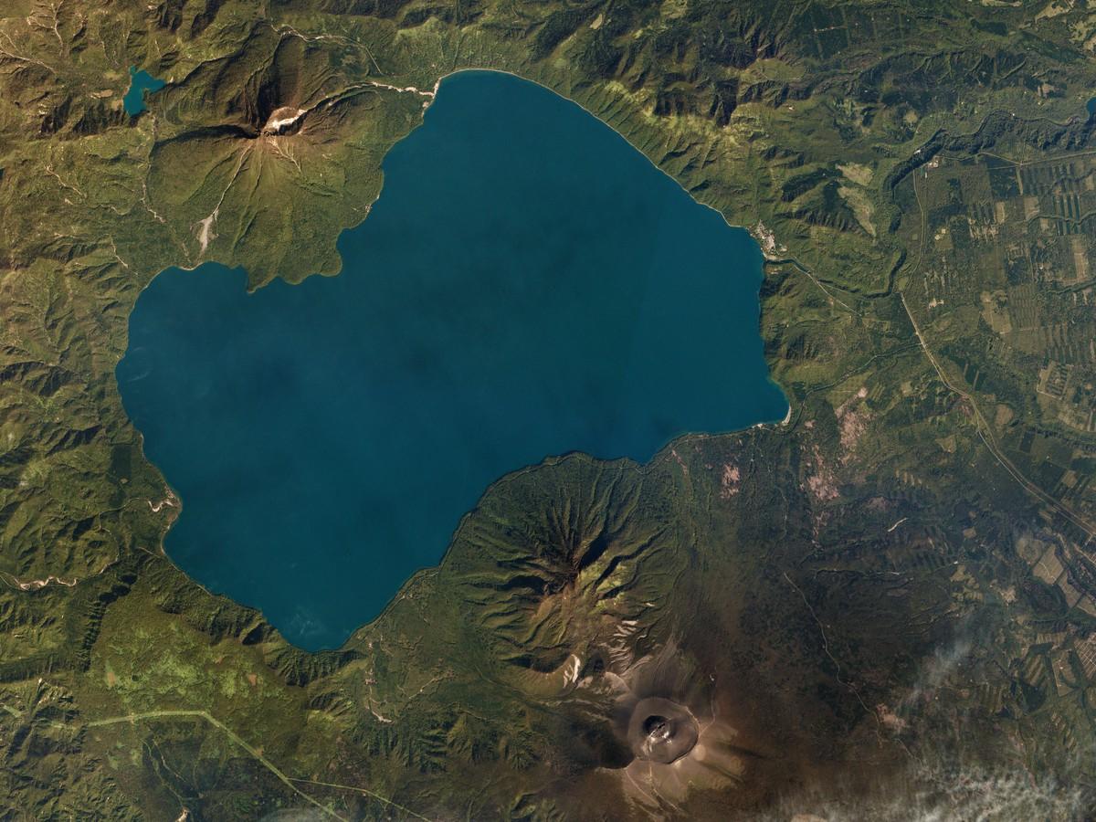 lake-shikotsu-20161002-web.jpg